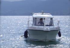 Foto eines Motorboots in Stein am Rhein